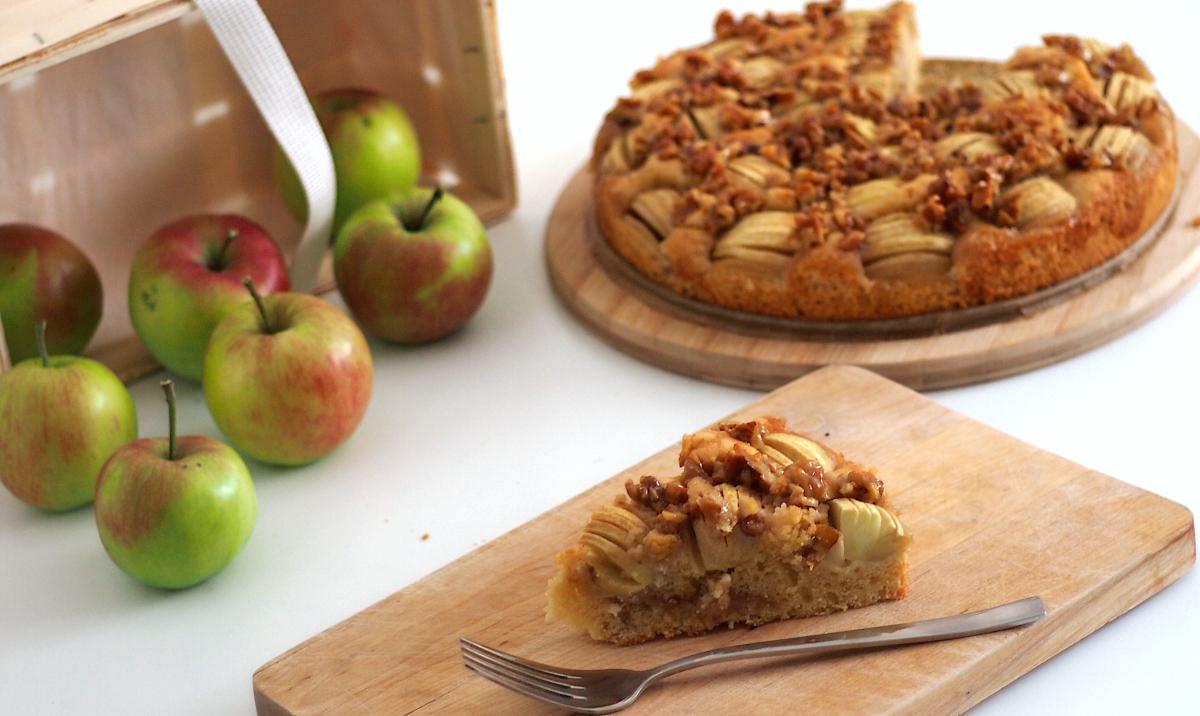 Schneller Apfelkuchen Mit Einem Karamell Walnuss Topping Preppie